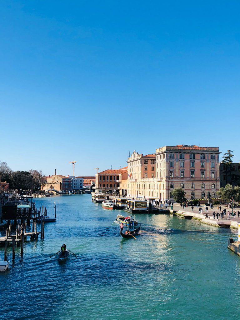 Foto di Venezia ponte della stazione